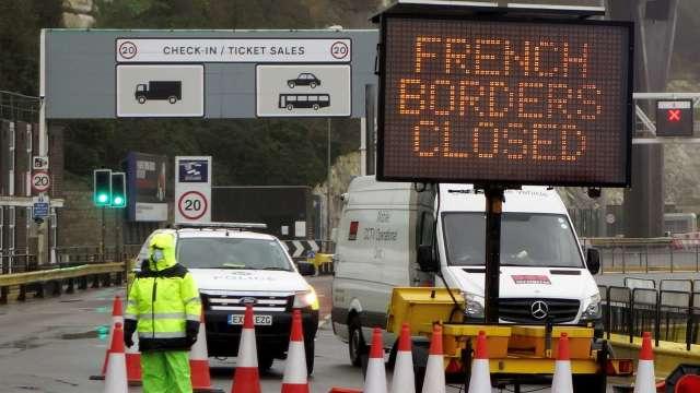 英媒:英法兩國可能於週二解除境管 (圖片:AFP)