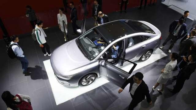 中國電動車滲透率達7.7% 衝破臨界點可望加速攀升。(圖:AFP)