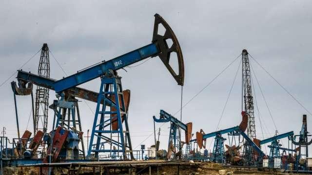 瑞銀上調英鎊目標價 估油價明年先跌後升。(圖:AFP)