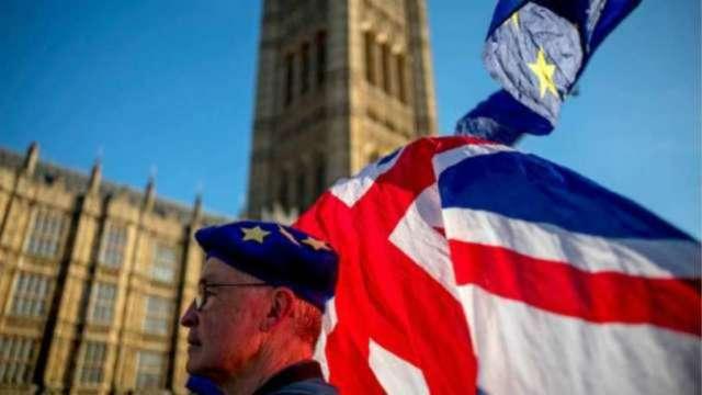 傳英國脫歐貿易協議勝利在望 英鎊升穿1.35。(圖片:AFP)