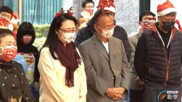 左為宏達電董事長王雪紅、右為威盛董事長陳文琦。(鉅亨網資料照)