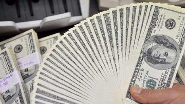 加碼押注明年貶值 美元空頭部位寫近10年最高(圖:AFP)