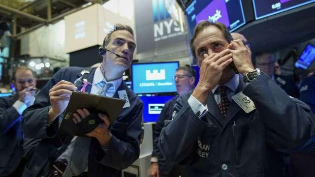 美股2000年泡沫重演?看多分析師:最壞情況預計只會回調15%(圖:AFP)