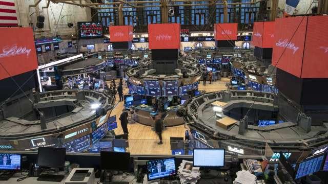 〈美股盤後〉費半強勁!台積電ADR締新高 道瓊再創歷史新高。(圖片:AFP)
