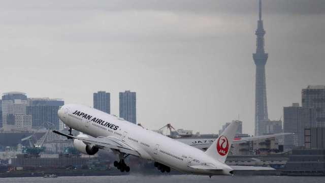 日媒:日本考慮全面禁止外國人入境 東京首都圈週四進入緊急狀態 (圖片:AFP)