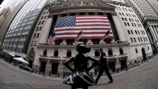 散戶爭相上車之際 美股寫20年來最差開局(圖:AFP)