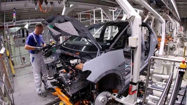 美12月ISM製造業PMI升至2年半高位 ISM:勞動力問題恐成阻力 (圖:AFP)