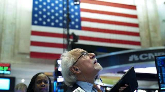 美藍色浪潮來襲 循環性類股飆漲。(圖:AFP)