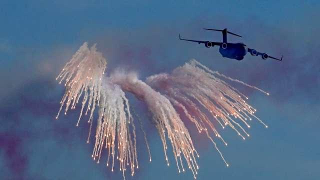 債市空軍來勢洶洶 美債殖利率全面起飛。(圖片:AFP)