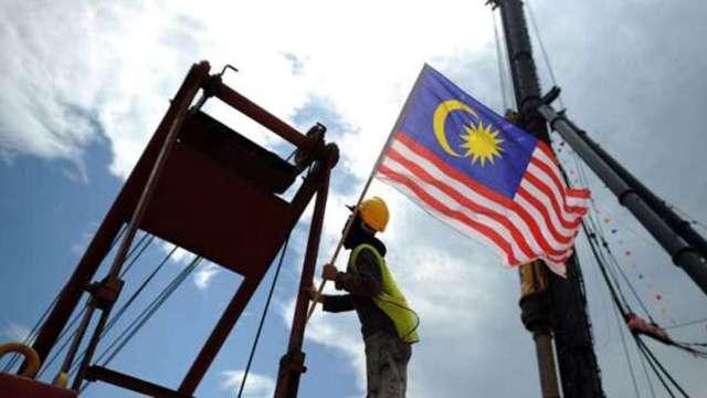 抗疫優先!馬來西亞宣布緊急狀態直到8月 股匯市挫跌 (圖:AFP)