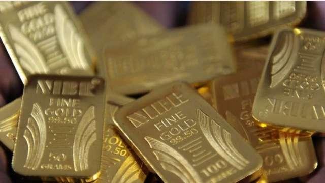 「去美元化」重大突破 俄羅斯黃金儲備史上首度超越美元 (圖:AFP)