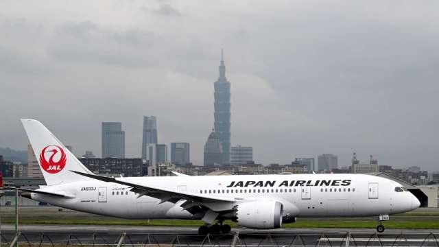 日本全面禁止外國人入境 台灣商務往來同樣喊卡 (圖片:AFP)