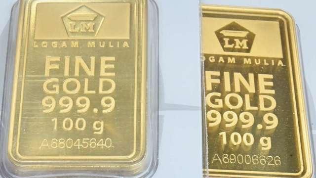 〈貴金屬盤後〉關注彈劾川普表決 市場焦慮 黃金溫和收高 (圖片:AFP)