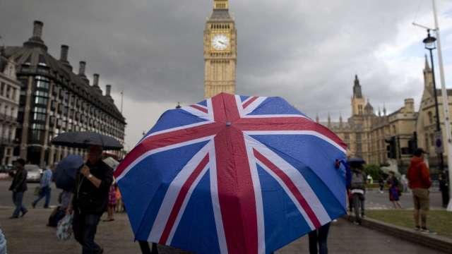英國單日死亡病例數達1,564人 創下歷史新高(圖片:AFP)