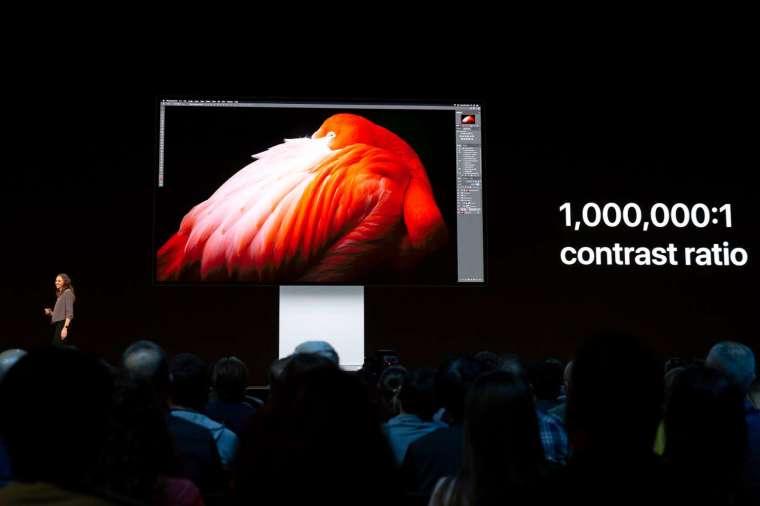 蘋果頂級顯示器 Pro Display XDR (圖片:AFP)