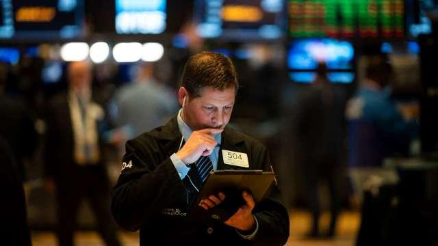 彭博攜手洛克菲勒 推出「ESG改善指數」。(圖:AFP)