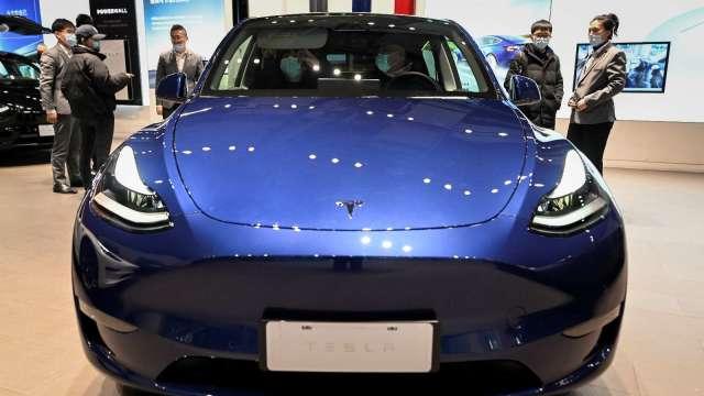特斯拉中國製Model Y正式開始交付(圖片:AFP)