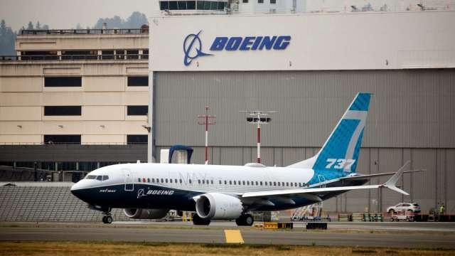 歐洲監管機構:最快下週批准波音737 Max復飛 有望今夏重返天際 (圖:AFP)