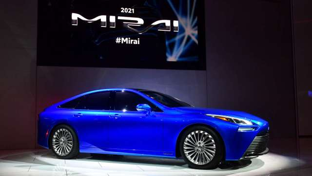 巴黎在2024奧運舉辦前 將導入一萬輛豐田Mirai氫能燃料電池車 (圖片:AFP)
