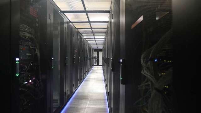 〈觀察〉5G企業專網商機漸發酵,成伺服器廠今年新動能。(圖:AFP)