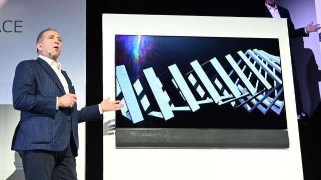 電視用OLED面板持續下跌 與LGD產量倍增有關 (圖片:AFP)