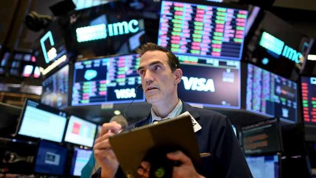 股價持續飆漲 引發華爾街對股市泡沫擔憂(圖片:AFP)