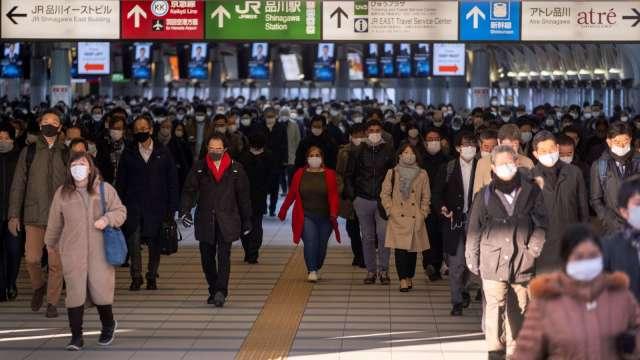 日本疫情升溫 歐盟再度禁止旅客從日本入境 (圖片:AFP)
