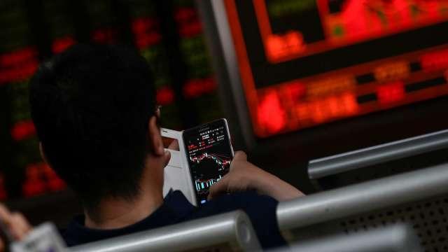 〈焦點股〉友達法說前夕買盤積極卡位 面板三傑重回人氣指標。(圖:AFP)