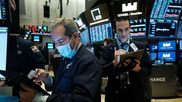 空軍大虧200億美元 Cramer籲見好就收!S3:空頭才沒在怕(圖片:AFP)