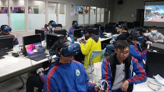 宏達電投資XR人才 攜新北高工建置VIVE培訓中心。(圖:宏達電提供)