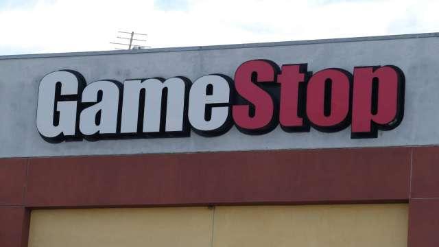 GameStop盤中急殺60% 跌破每股100美元。(圖片:AFP)