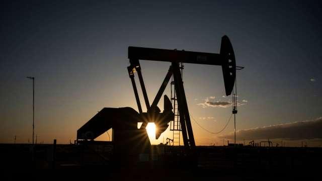 〈能源盤後〉OPEC+欲讓市場全年處於短缺 WTI原油登1年高點(圖片:AFP)