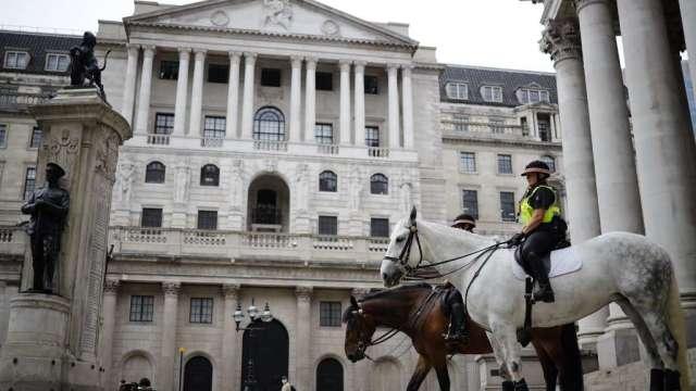 英國央行維持利率、購債規模不變 符合預期(圖:AFP)
