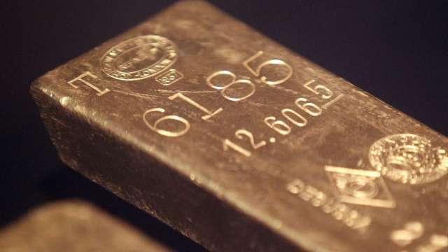 受惠多項利多因素 分析師預估今年金價有望年增11% (圖片:AFP)
