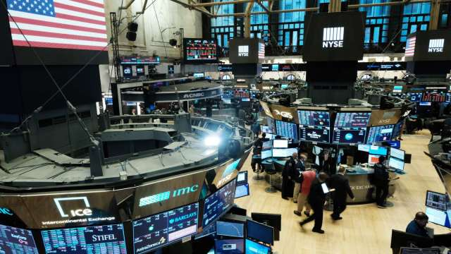 〈美股盤後〉晶片股起飛!特斯拉錢進比特幣 三大指數刷新高。(圖片:AFP)