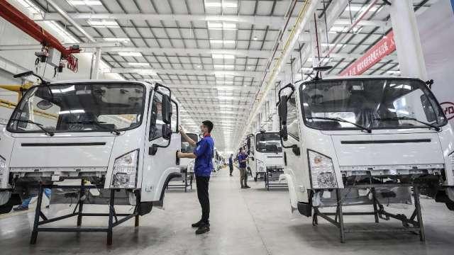 中汽協:1月汽車銷量年增3成至250萬輛 復甦持續(圖:AFP)