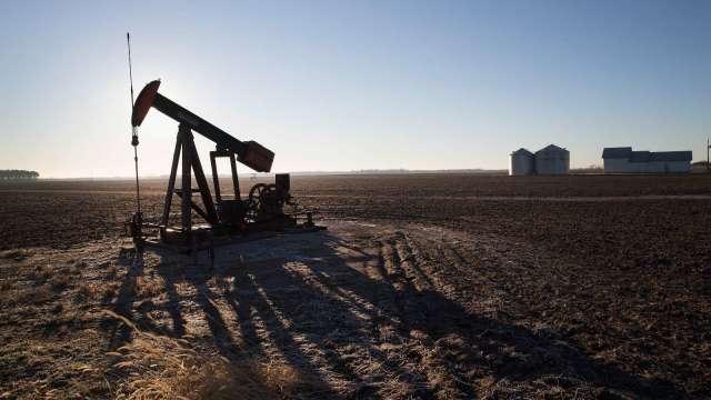 油價將重返100美元上方?小摩、高盛發表樂觀預期(圖:AFP)