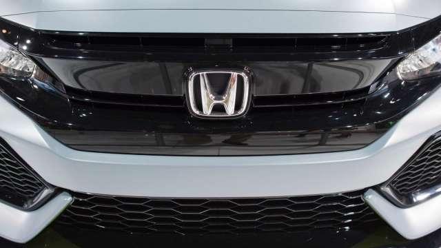 惠譽:全球車用晶片短缺 有望在下年獲得緩解(圖片:AFP)