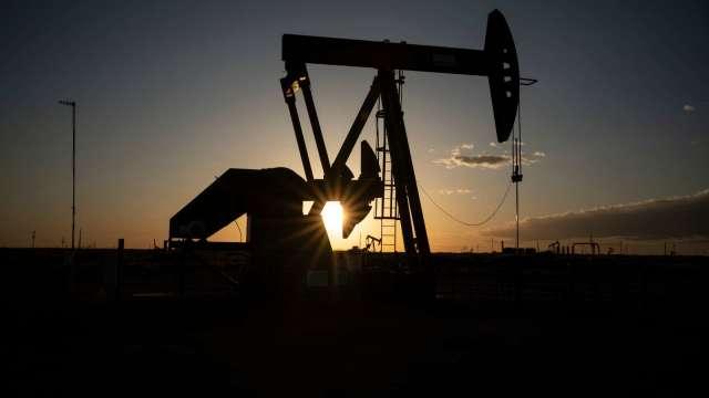 〈能源盤後〉德州恐快重啟生產 WTI原油跌破60美元關卡(圖片;AFP)