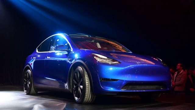 〈觀察〉汽車品牌廠搶布局自駕車,LiDAR光達技術成顯學。(圖:AFP)