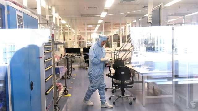 前十大晶圓代工廠產能續滿載 Q1總營收可望年增2成。(圖:AFP)