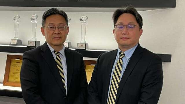 (左起)元大投信執行副總鄭宗祺、董事長劉宗聖。(圖:元大投信提供)