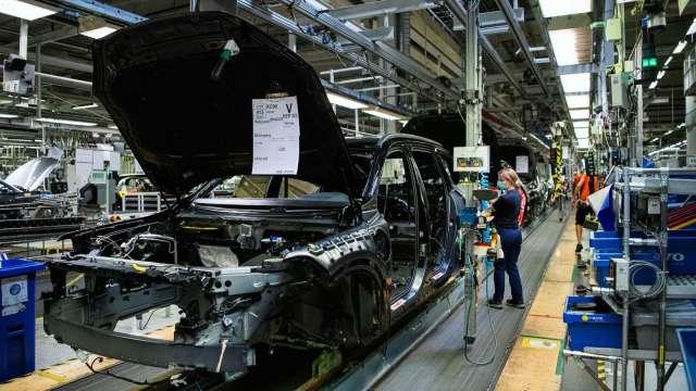 上海宣布未來五年新能源汽車發展計劃 年產量目標120萬輛(圖片:AFP)