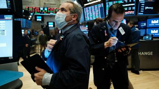 〈美股盤後〉債市喋血!費半暴跌近6% 那指創4個月來最大單日跌幅。(圖片:AFP)
