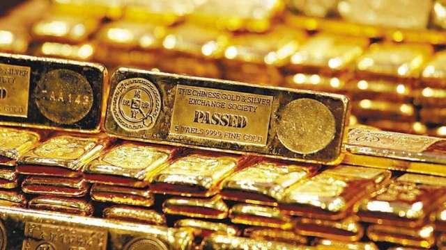 〈貴金屬盤後〉債券殖利率狂飆 黃金創4年來最大單月跌幅 (圖:AFP)