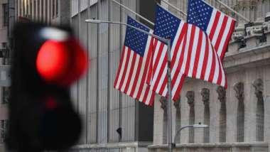 殖利率回檔現盤整訊號 華爾街示警:經濟漸復甦「減債恐慌」恐怕尚未完結(圖:AFP)