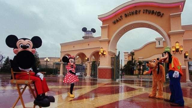 加速轉型電商!迪士尼專賣店將在年底前收掉至少20% (圖:AFP)