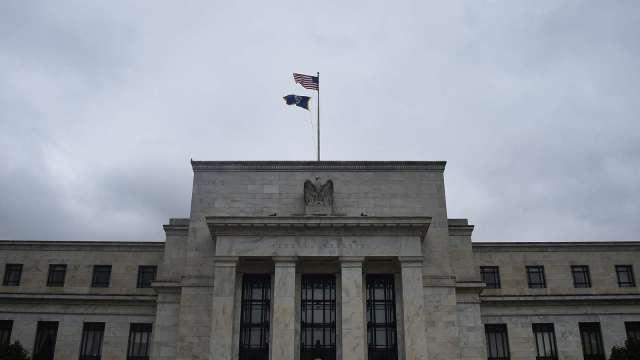 費城Fed總裁:2023年前不會加息 預期今年底美通膨近2%(圖片:AFP)