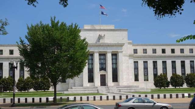 經濟學家:聯準會寬鬆政策該擔心的不是通膨 而是這一後果(圖:AFP)