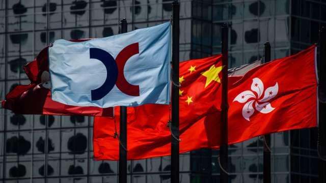 【袁志峰專欄】外圍股市轉強,有助港股反彈 (圖片:AFP)